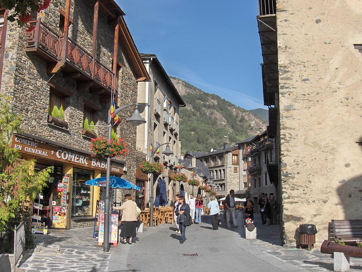 Andorra will host the 68th Congress of the International Real Estate Federation (FIABCI)from 23 to 28May 2017. The President of the Federation Jordi Galobardes said during the presentation of the event in the Congress Centre of Andorra La Vella thatabout900 experts from 65 countries were expected.