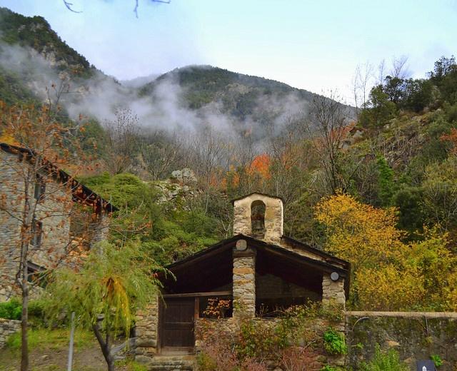 Creació d'empreses a Andorra Peticions de residència a Andorra Residència a Andorra i tràmits relacionats Creació d'empreses a Espanya i França En general, aquelles gestions relacionades amb viure, treballar o invertir a Andorra. Residencies Passives Andorra